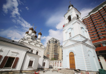 Без очереди: в московских храмах хранится 25 фрагментов мощей Николая Чудотворца