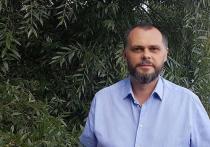 Депутат Роман Мирошниченко рассказал, кого подозревает в ночном нападении