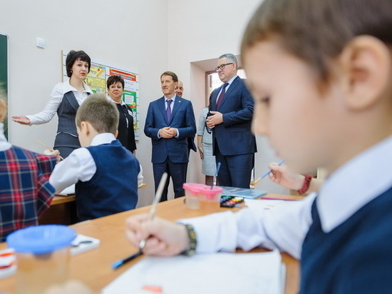 Губернатор Воронежской области пообещал помощь Лискинскому району в решении социокультурных задач