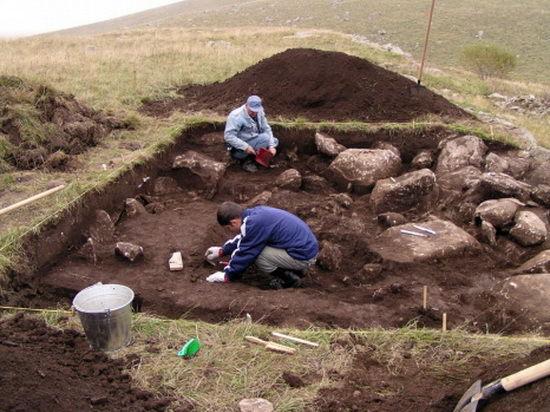 На Дальнем Востоке обнаружили загадочные каменные сооружения